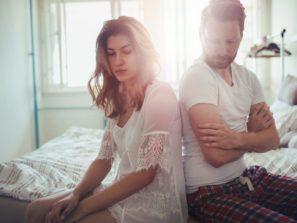 nespokojený manželský pár